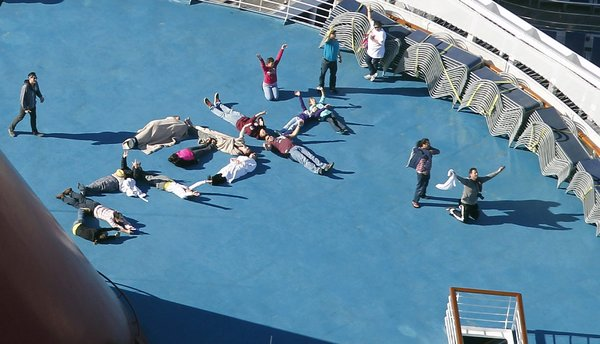 Stranded Cruise Ship OTVIIIisGrrr - Stranded cruise ship