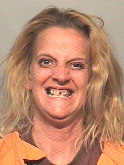 funny-wtf-mugshots-Woman-Teeth
