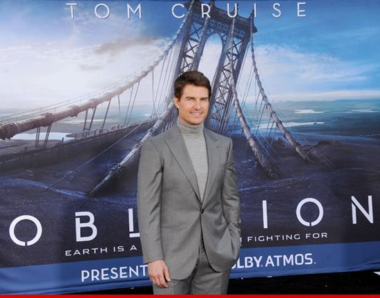Tom.Cruise.Oblivion